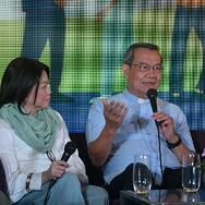 Fr.-Jerry-Orbos-center-speaks-during-a-media-forum-on-lung-cancer-awareness-in-Manila-5-Sept-2019.-ROY-LAGARDE
