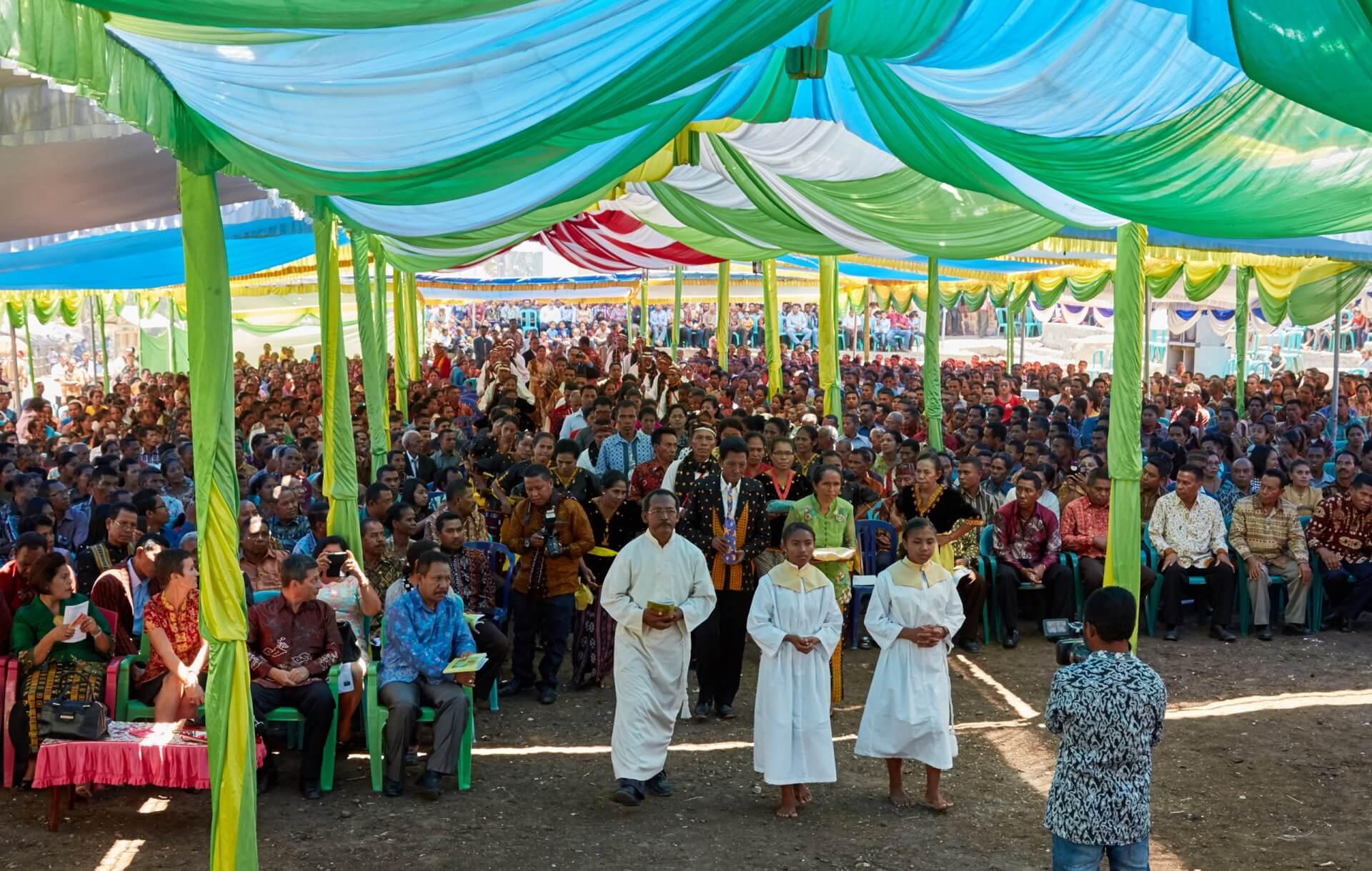 divine-word-missionary-seminarian-ordination